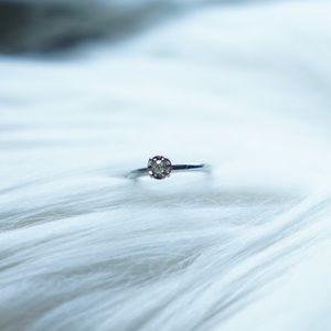 Vintage Jabel Art Deco Diamond 18k Gold Ring